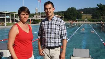 Romana von Gunten, Fachwartin Synchronschwimmen, und Renzo Wolf, Präsident des SC Solothurn, sind für ihre Mitglieder nicht nur auf genügend, sondern auch die richtigen Beckenkapazitäten angewiesen.