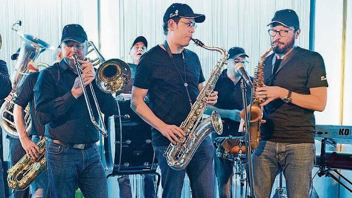 Die Street-Band Ed Elastic spielten «Afterwork».