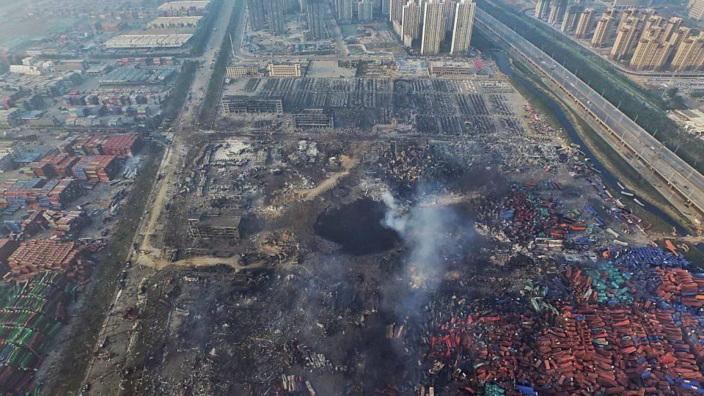 Die Explosionen im Hafen von Tianjin haben immense Zerstörungen angerichtet und mindestens 158 Menschen das Leben gekostet. (Archiv)