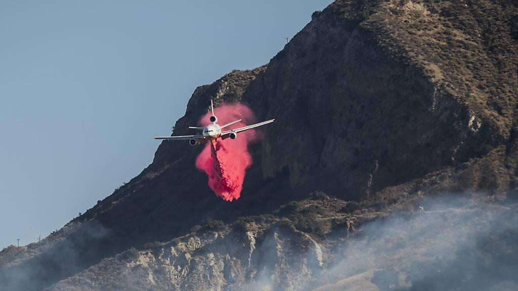 Feuerwehr in Kalifornien meldet Fortschritt gegen neuen Waldbrand