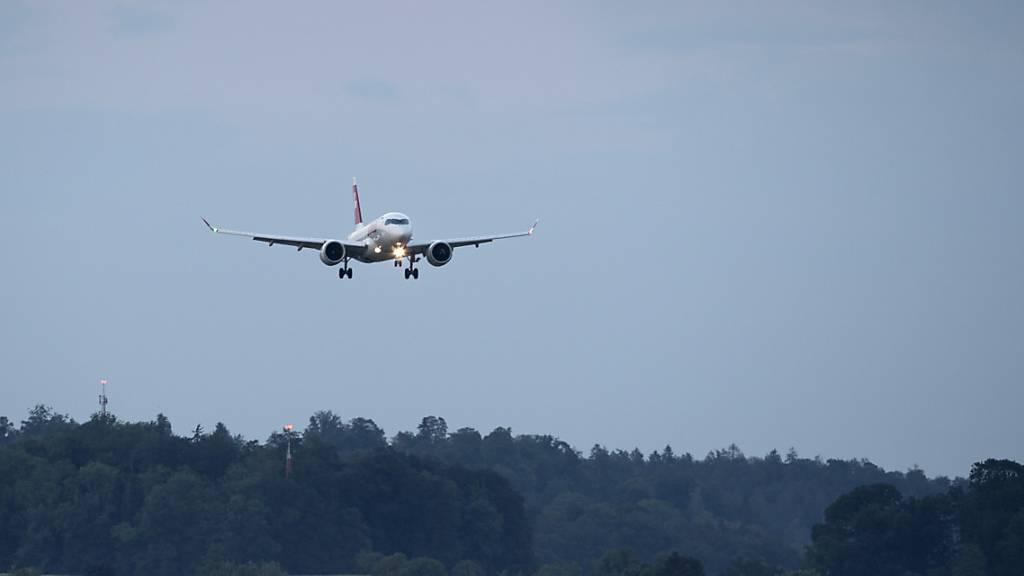 A220-Piloten müssen in grosser Höhe vom Gas gehen