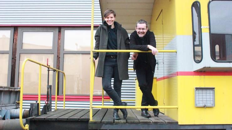 Die Co-Leitung des Wortstellwerks: Daniela Dill und Hannes Veraguth.