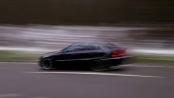 Bei den Tempokontrollen im oberen Fricktal wurde die Geschwindigkeit von 107'301 Fahrzeugen gemessen. (Symbolbild)