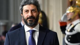 Roberto Fico, Präsident des italienischen Abgeordnetenhauses, soll bis Donnerstag die Möglichkeit eine Koalition aus seiner Fünf-Sterne-Bewegung und den Sozialdemokraten abklären.