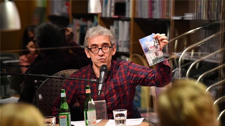Der Solothurner Schriftsteller Franco Supino arbeitet im Mitarbeiterteam der Solothurner Literaturtage mit