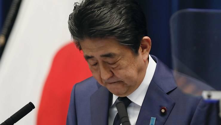 Shinzo Abe bespricht mit IOC-Präsident Bach die Verschiebung der Olympischen Spiele