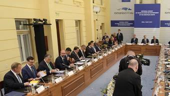 """Am informellen EU-Gipfel in Rumänien beschworen die Staats- und Regierungschefs am Donnerstag in einer Erklärung den """"Geist von Sibiu und einer neuen Union der 27""""."""