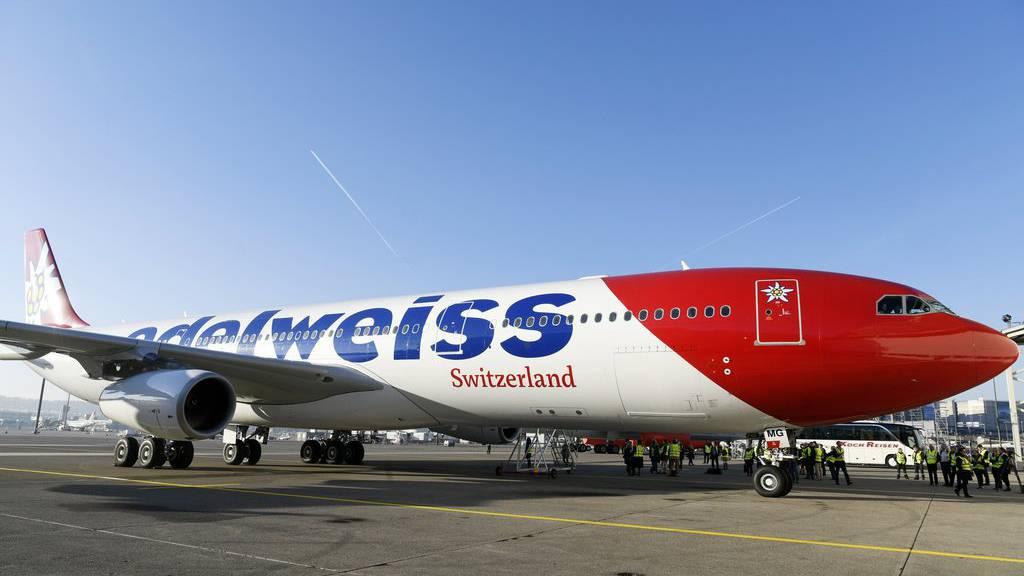 Wegen einer Bombendrohung konnten 136 Schweizer Passagiere nicht wie geplant nach Hause fliegen. (Symbolbild)