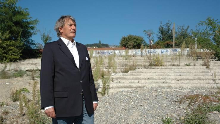 Der alte Mann und das Stadion: Ex-GC-Präsident Fritz Peter auf der Hardturm-Ruine.