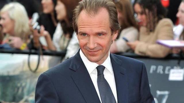 Ralph Fiennes spielt in Harry Potter einen Bösenwicht