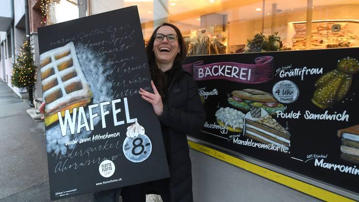 Für die Bäckerei Jetzer gestaltet Romana Moser immer wieder kunstvolle Angebotstafeln.