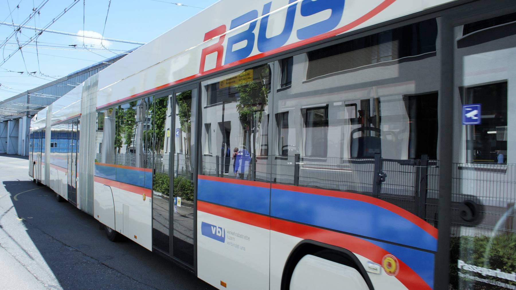 Vier Verletzte nach Vollbremsung eines vbl-Busses
