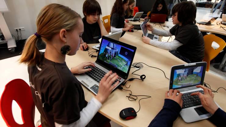 Faszination Computer: Die neue Hard- und Software soll unter anderem auch kinderfreundlicher werden.