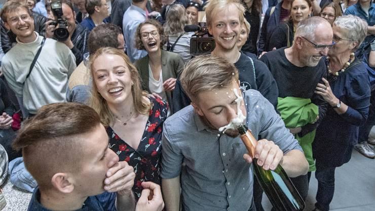 Berauscht vom Wahlerfolg: Die Grünen und ihre Jungpartei haben allein in Zürich, Baselland und Luzern 23 Sitze gewonnen.