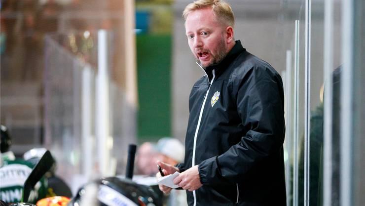 Wie eine lästige Mücke: EHCO-Trainer Fredrik Söderström erhält als Stalking-Opfer viel Unterstützung