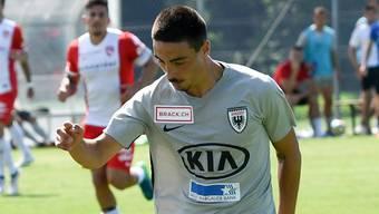 Mickael Almeida (r.) hat alles für eine grosse Karriere – lanciert er diese beim FC Aarau?