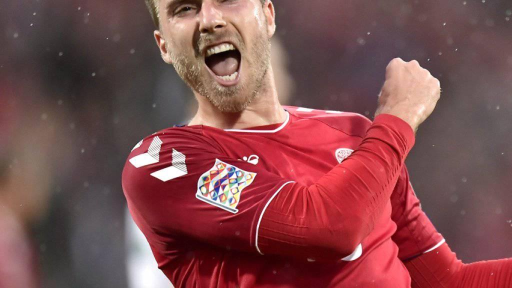 Matchwinner Christian Eriksen feiert seinen Doppelpack gegen Wales ausgelassen