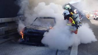 Mini brennt auf A1 bei Rothrist aus