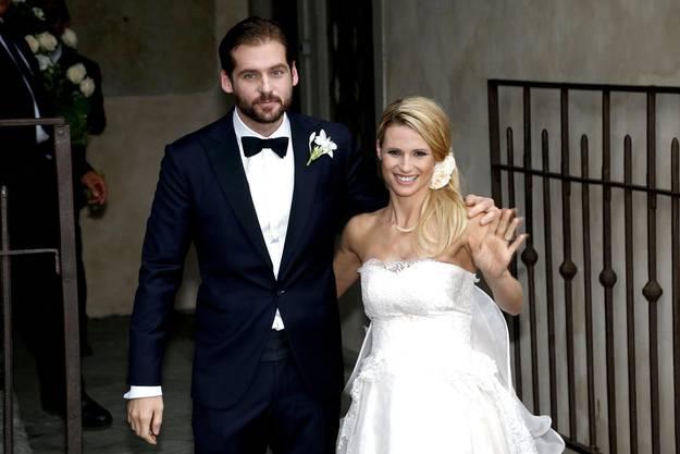 Tomaso Trussardi (l.) und Michelle Hunziker nach der Eheschliessung.