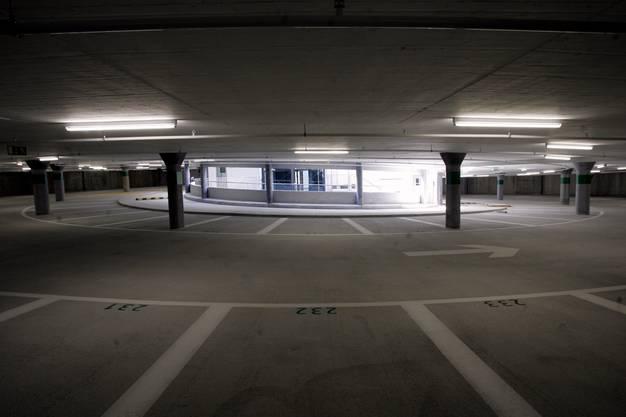 Die konisch angelegten Parkplätze im Berntor sind bequem anzufahren