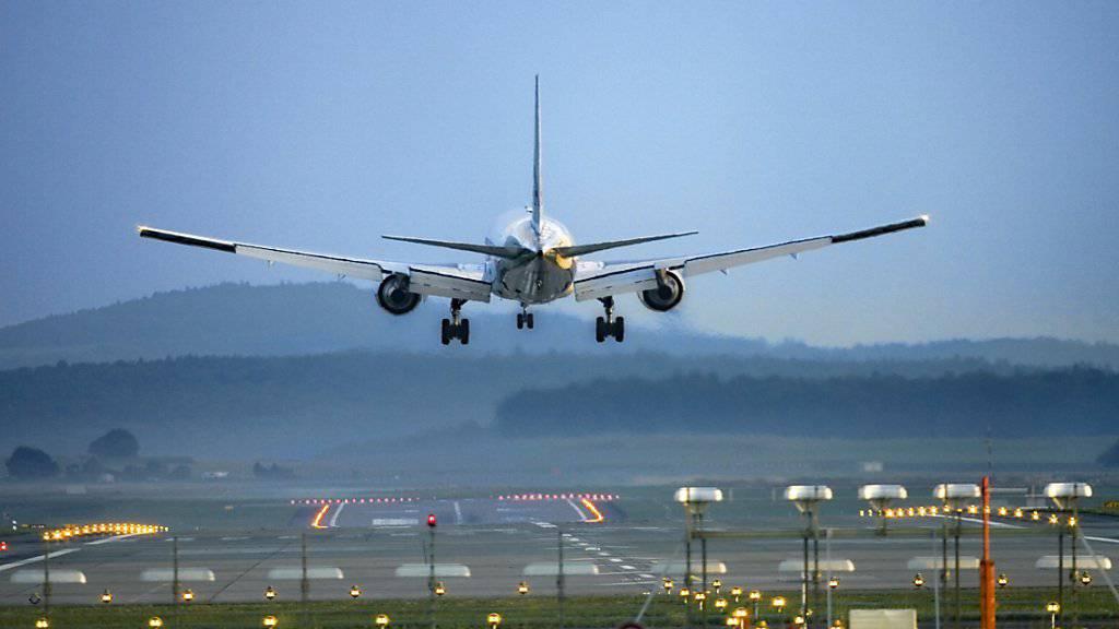 Kritik am Klimaschutzabkommen der Luftfahrtbranche: Für die Klimaschutzstiftung myclimate gibt sich die Branche mit dem Abkommen einen grünen Anstrich, obwohl sie überhaupt nicht umweltfreundlich ist. (Symbolbild)