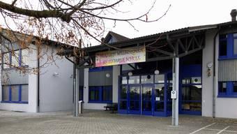 Das Mehrzweckgebäude in Unterlunkhofen ist sanierungsbedürftig.