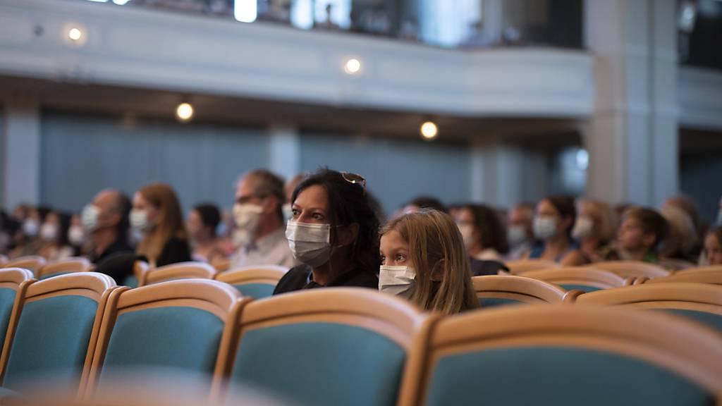 1487 neue Coronavirus-Ansteckungen innert 24 Stunden gemeldet