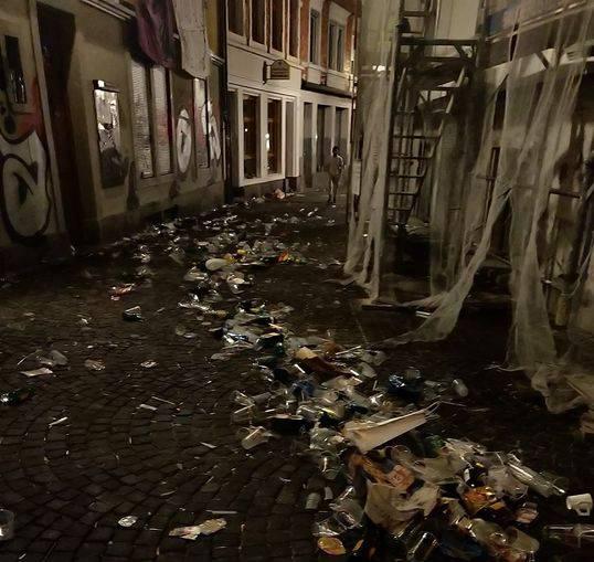 Abfallberge in der Innenstadt
