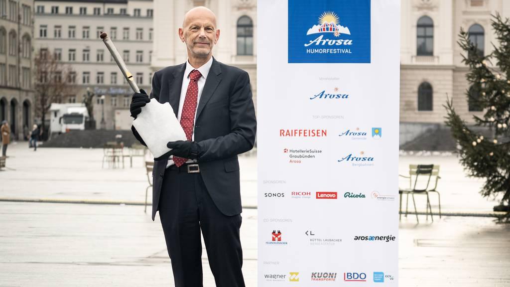 Daniel Koch mit der Arosa Humorschaufel 2021.