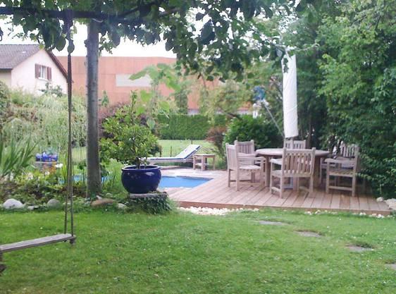 Der Pool im Garten