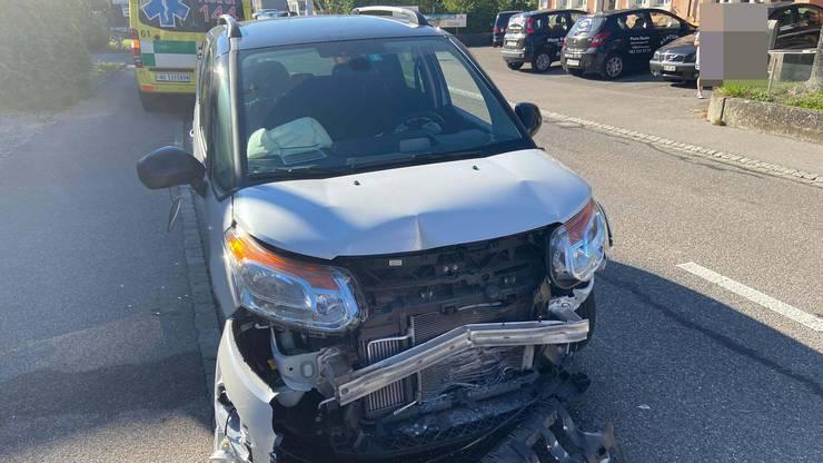Ein 34-Jähriger prallte ins Heck eines Lieferwagens.