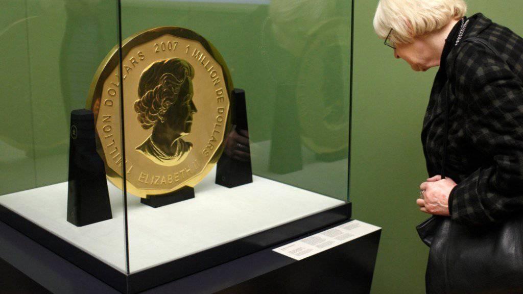 """Unbemerkt gestohlen und aus dem Berliner Bode-Museum geschafft: Die """"Big Maple Leaf"""", zweitgrösste Goldmünze der Welt und etwa 4 Millionen Franken wert. (in einer Aufnahme vom Dezember 2010)"""