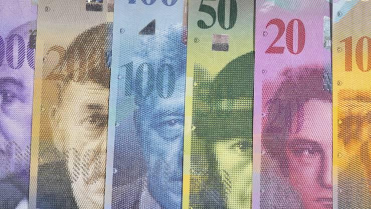 Der Berner Gemeinderat will bei der Parteienfinanzierung genauer hinschauen: Wo fliesst wieviel hin?