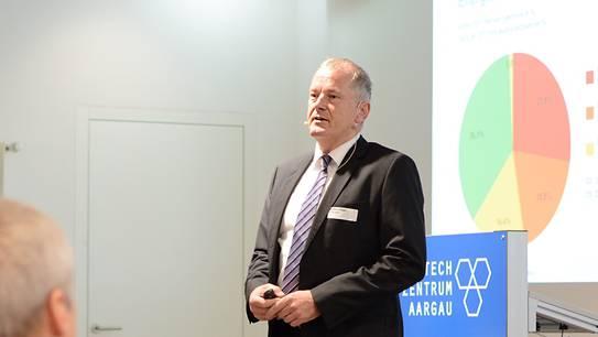 «Ich bin froh, dass die politische Diskussion in den nächsten Monaten stattfindet». Regierungsrat Stephan Attiger am Hightech Zentrum Aargau. Stefania Telesca