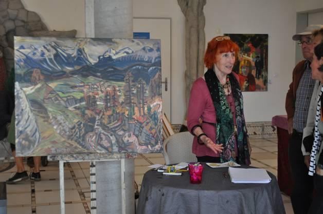 Die Besucher können den Malern fragen stellen. Es wird auch rege über die Schliessung diskutiert.