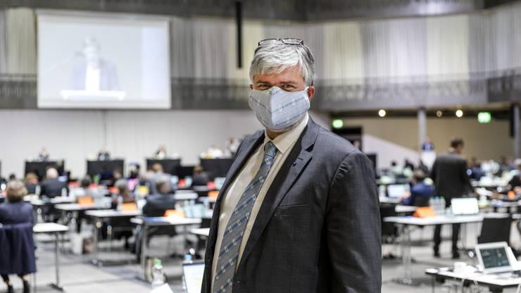 Lutz Fischer-Lamprecht (EVP, Wettingen) trug auch in der Umwelt Arena in Spreitenbach eine Maske.