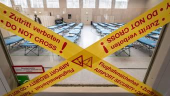 In ganz Europa entstehen Quarantänehallen für aus China ausgeflogene EU-Bürger.