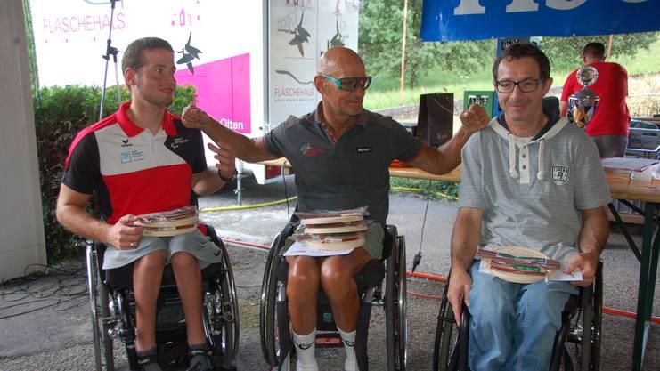 In Sulz auch dabei: Die Behinderten-Radsportler mit dem unverwüstlichen Heinz Frei (Mitte).