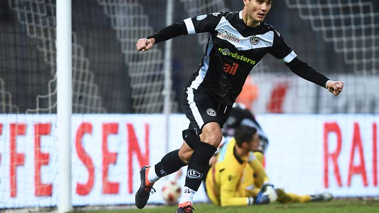 Miroslav Covilo jubelt nach dem Ausgleich zum 1:1 für Lugano