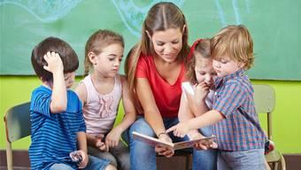 Länger studieren sollen sie, die Kindergärtner und Lehrer.