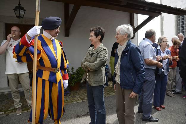 Michael Jäggi mit Mutter Madlen Jäggi und Grosi Margrith Cosandey
