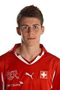 ... und Fussballer Nicolas Hunziker aus Büsserach