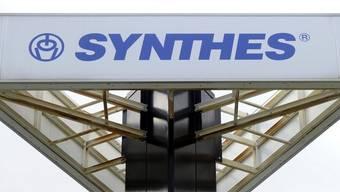 Synthes hat 429 Mitarbeiter mehr als im Vorjahr (Archiv)