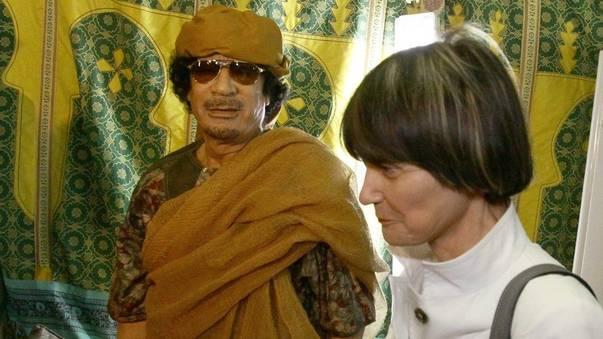 Calmy-Rey im Juni 2010 zu Besuch bei Gaddafi in Tripolis (Archiv)
