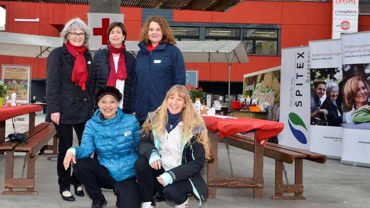 Das engagierte Team vom Märit-Kafi, freute sich über die vielen Besucherinnen und Besucher.