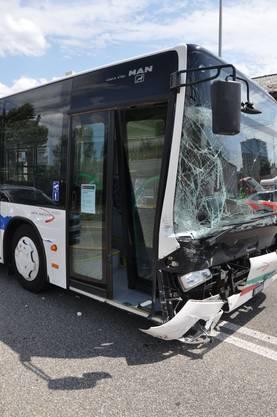Die Passagiere im Bus blieben unverletzt