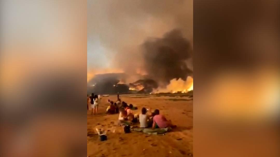 Katastrophenalarm: Tausende fliehen vor Feuern in Australien