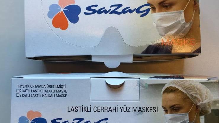 «Sahen vernünftig aus»: Schutzmasken, die die Arztpraxis bestellte.
