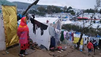 Im Camp Moria ist Social Distancing gemäss den Jungen Grünen unmöglich einzuhalten.