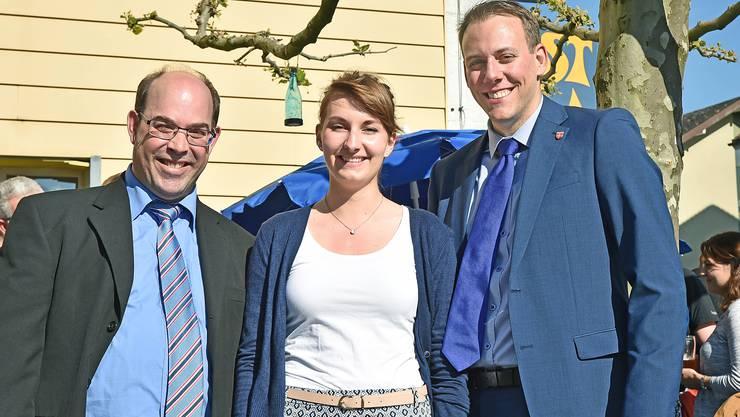 Fabian Gloor mit den Gemeinderäten Bruno Locher und Selina Hänni…
